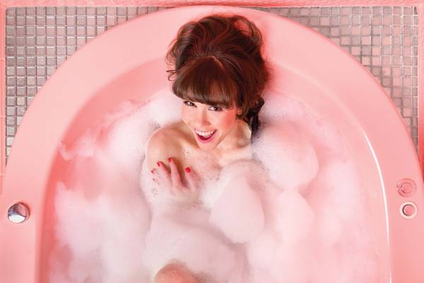 Weekly Calendar Counter : Former pin up star claire sinclair welcomes you into her