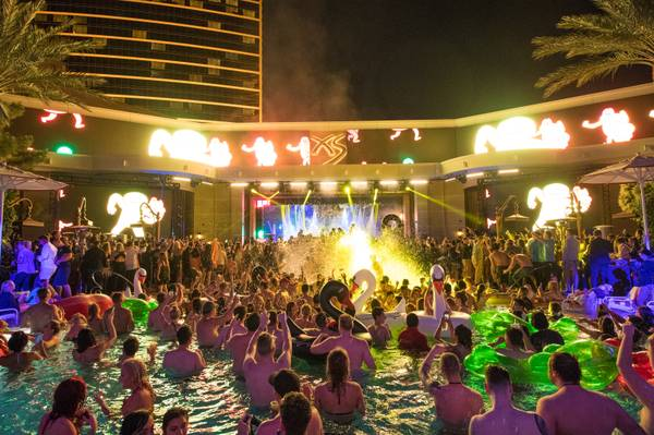 When The Sun Goes Down These Vegas Pool Parties Heat Up