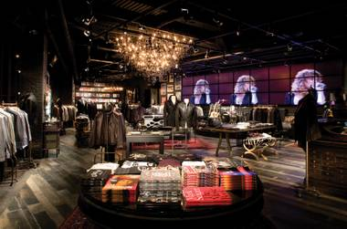 Varvatos opened his first store in Las Vegas at the Forum Shops at Caesars.