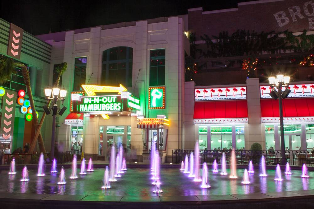 The strip completes its street food scene with in n out for Arts and crafts las vegas