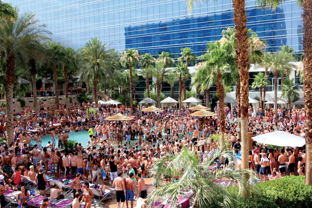 Fif Years Ago Rehab At The Hard Rock Hotel Changed Las Vegas Pool Party Forever