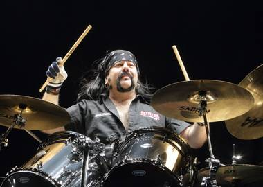 Hellyeah: A Celebration of the Life of Vinnie Paul will bring the group back together onstage at House of Blues for one night only, the band's first performance since Paul's death last June.