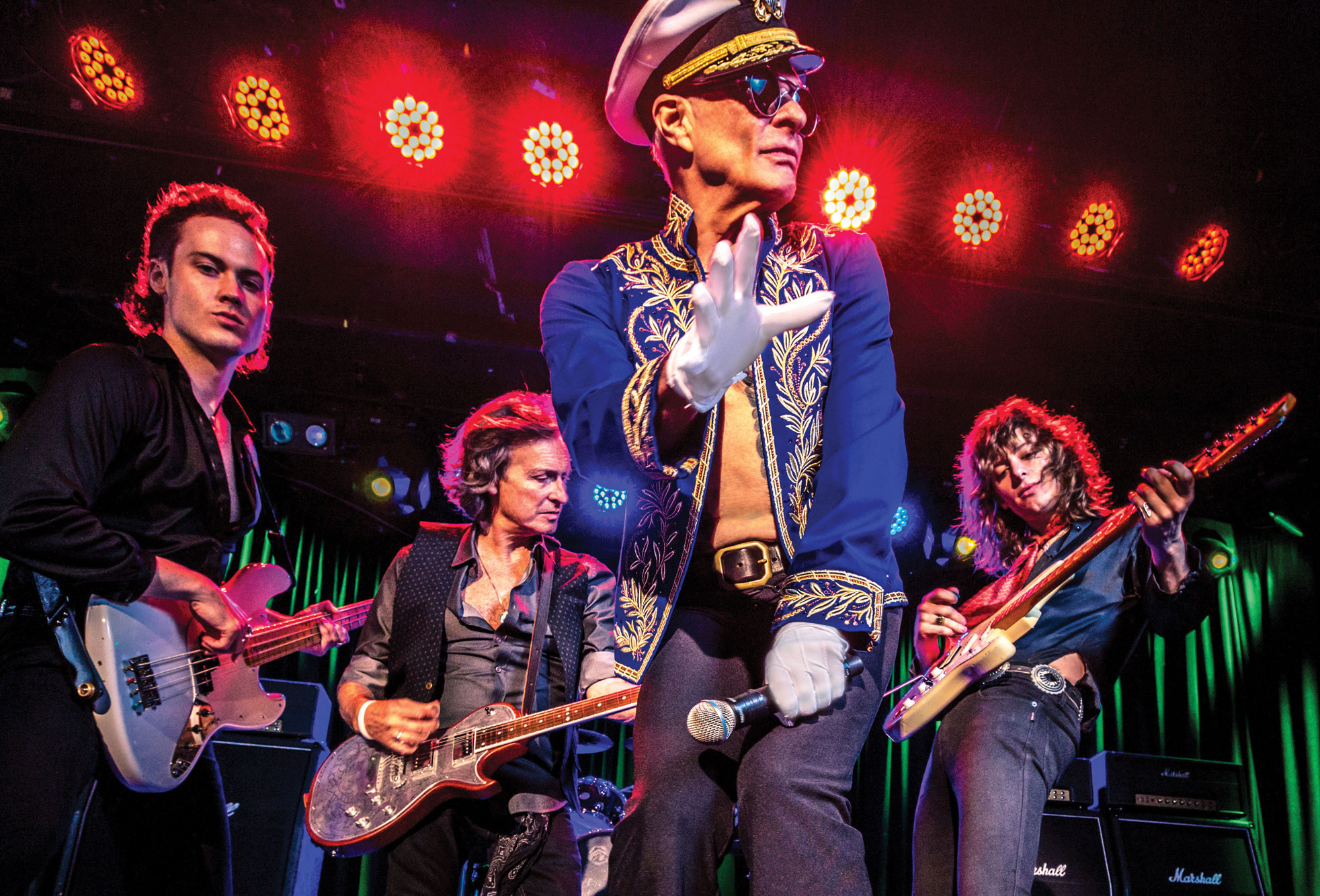 David Lee Roth Arrives For His Vegas Residency Ready To Dance The Night Away Las Vegas Weekly