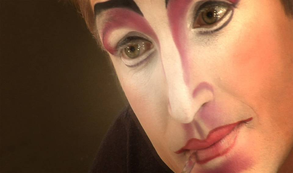 The makeup of Mystere