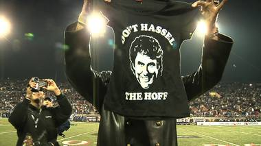 David Hasselhoff kicked off the 2008 Las Vegas Bowl as the singer of the national anthem. His oldest daughter, Taylor Ann, attends the University of Arizona.